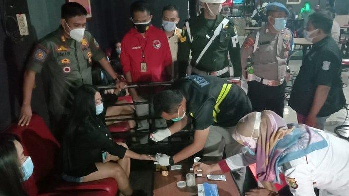 Polisi Razia Tempat Hiburan Malam di Cikarang, Petugas Temukan Sejumlah Tempat Belum Patuhi Prokes