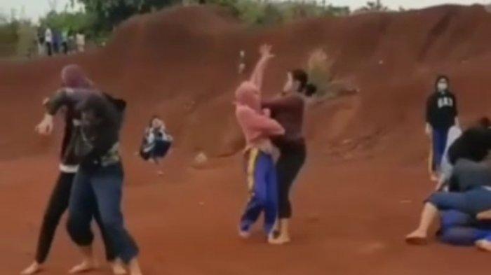Viral Video Adu Jotos Remaja Putri Diduga di Depok, Lurah Cipayung Jaya Klaim Tak Ada Keributan
