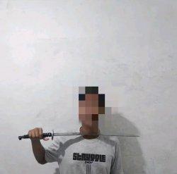 Polisi Cari Sosok Dilan Sodong yang Viral di Media Sosial Karena Tes Ilmu Kebal