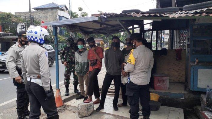 Puluhan Remaja Diamankan Polisi Naik Angkot dan Truk di Ciputat, Diduga Mau Berunjuk Rasa ke Jakarta