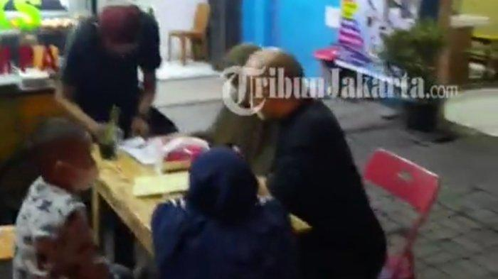 Video Eks Pegawai KPK Jualan Nasi Goreng Pinggir Jalan, Novel Baswedan dan Keluarga Ikut Kulineran