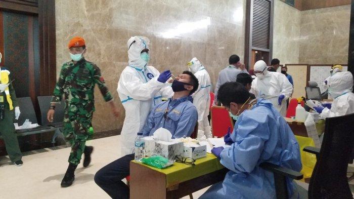 Ribuan Pekerja Beresiko Tinggi Covid-19 di Bandara Soekarno-Hatta Jalani Tes Swab