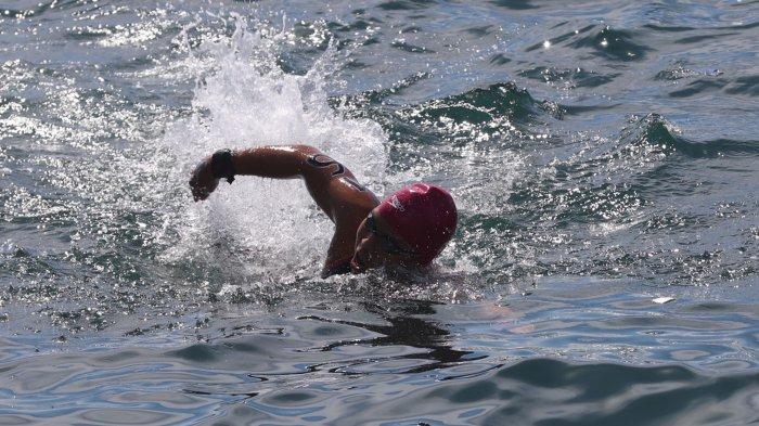 Tercepat di Renang Perairan Terbuka 3 Km PON, Richie Augusta Persembahkan Medali Emas Bagi Orang Tua