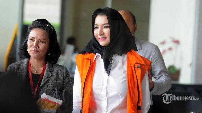 Kata Saksi: Ada Pemberian Rp 5 Miliar ke Bupati Rita Widyasari untuk Bayar KPK Agar Ayahnya Bebas