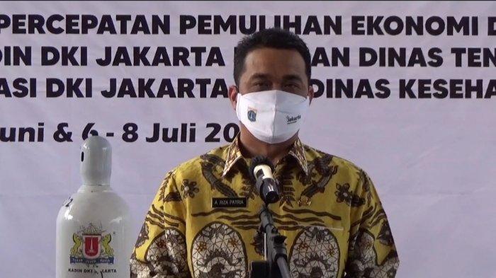 Wakil Gubernur DKI Jakarta Ahmad Riza Patria dalam kunjungan ke Pusat Pelatihan Kerja Daerah (PPKD) DKI Jakarta, Kamis (8/7/2021).