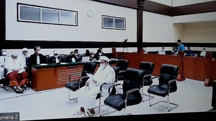 Rizieq Shihab Dituntut 10 Bulan Penjara, Kuasa Hukum Persoalkan Tuntutan Jaksa Tidak Terkait Perkara