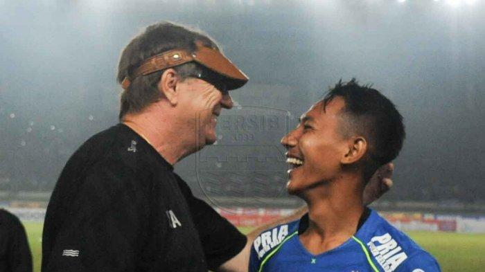 Robert Alberts bersama Beckham Putra Nugraha.