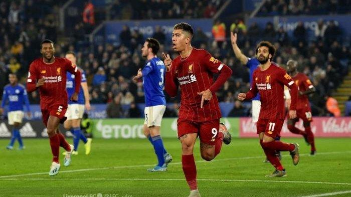 Roberto Firmino mencetak gol Liverpool ke gawang Leicester City di King Power Stadium, 26 Desember 2019.