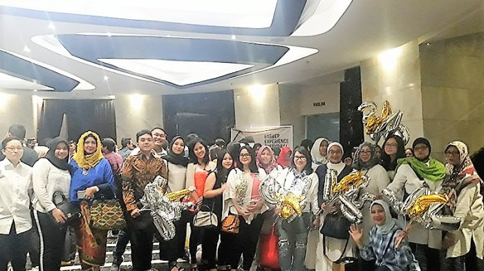 Siap Heboh, Pendukung Finalis Abang None Jakarta SelatanBoyong Berbagai Atribut