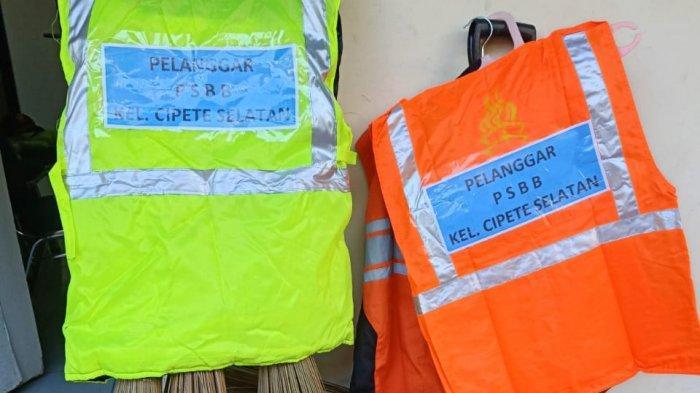 Tidak Pakai Masker, Tujuh Orang Warga Dihukum Bersihkan Pasar Warakas