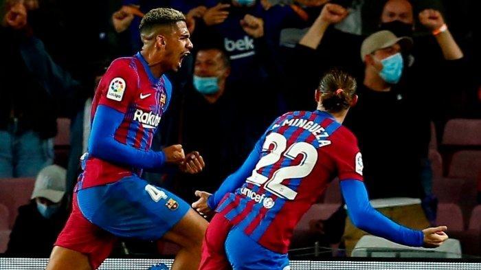 Ronald Araujo cetak gol penyama kedudukan saat Barcelona jamu Granada