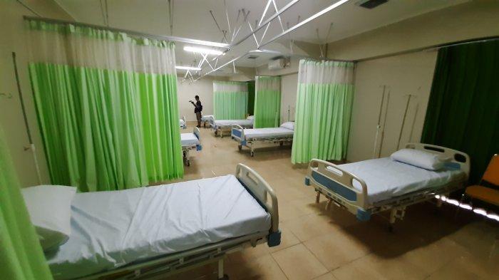 Ruang isolasi RS Darurat Stadion Patriot Candrabhaga Bekasi.