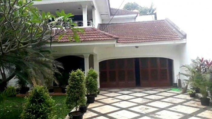 4 Mobil Polisi Kepung Rumah Ibunda Dino Patti Djalal, Jemput Paksa Mafia Tanah Fredy Kusnadi