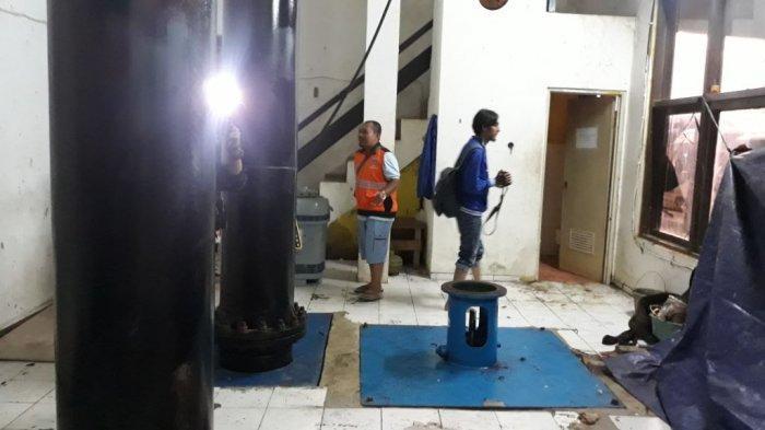 Pompa Stasioner Rusak Jadi Kendala Sulitnya Menyurutkan Air dari Permukiman di Muara Angke