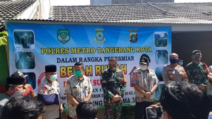 Polisi Sulap Rumah Reot yang Selalu Kena Banjir Tinggi di Periuk Damai Menjadi Layak Huni
