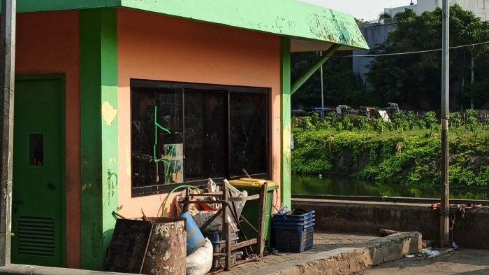 Rumah Jaga UPK Badan Air Penjaringan Diserang Sekelompok Orang saat Malam Takbiran