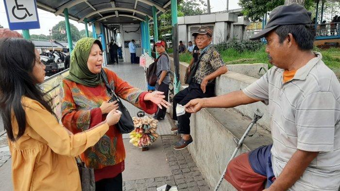 Kisah Pedagang Asongan di Pasar Rebo, Pembuluh Darah Retak Sempat Ikut Buat Air Mancur Istana Negara