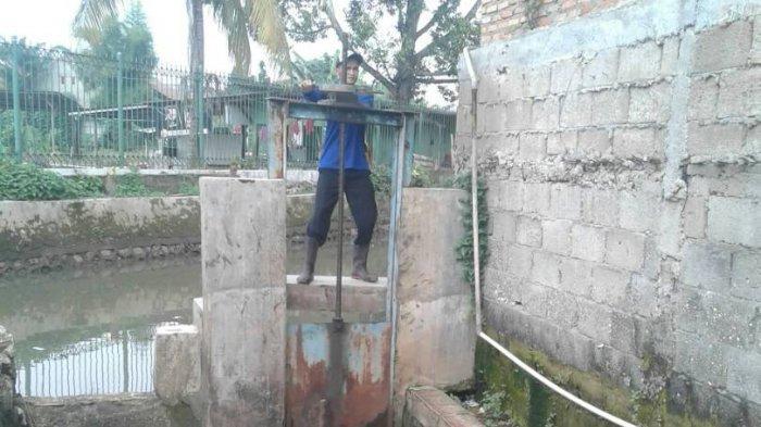 Pemkot Jaksel Pastikan Tidak Ada Kerusakan Pintu Air di Jagakarsa, Siap Menghadapi Musim Hujan