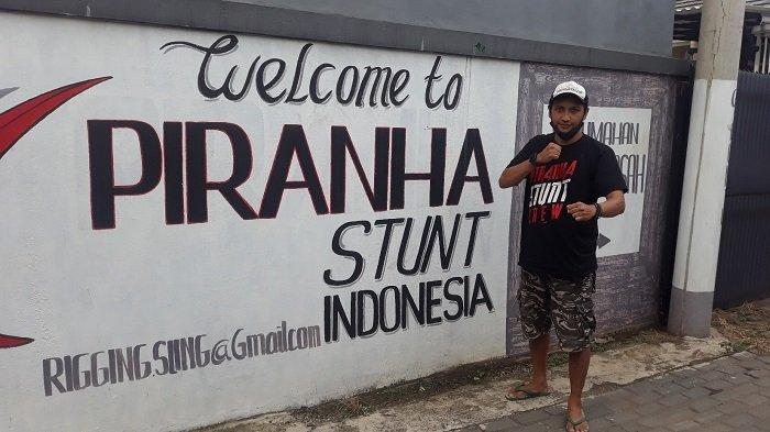 Salah satu stuntman senior di Komunitas Piranha Stunt Indonesia di kawasan Cilodong, Depok, Jawa Barat pada Kamis (8/4/2021).