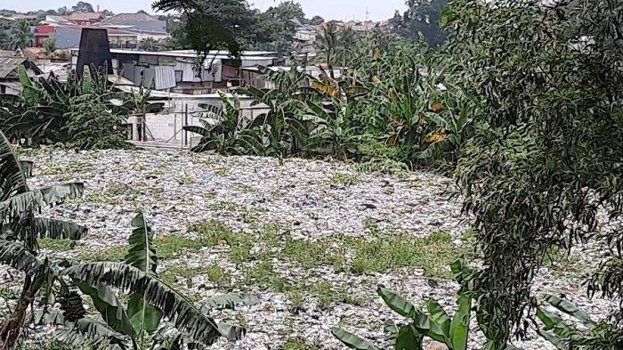 Ada Tumpukan Sampah di Pinggir Tol JORR Bekasi, Jasa Marga Singungg Keberadaan TPS Liar