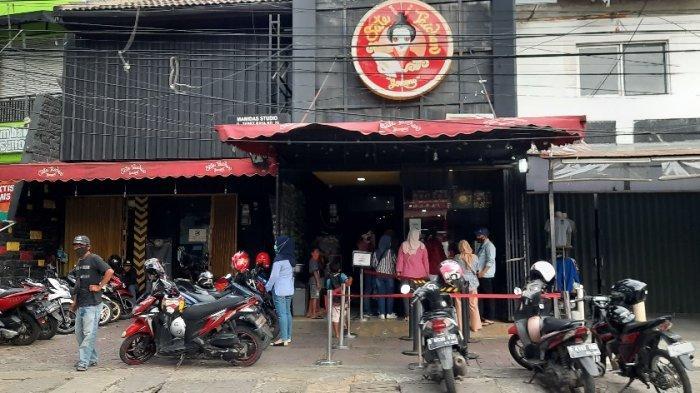 Rekomendasi Kuliner yang Tak Pernah Sepi di Kawasan Tebet, Pembeli Sampai Antre