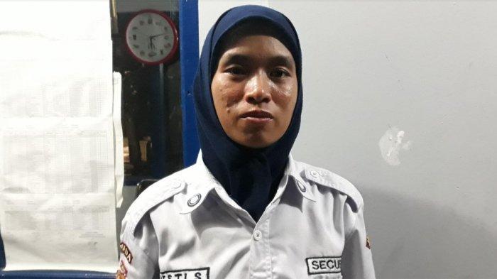 Baru Setahun Jadi Satpam Kompleks, Perempuan Ini Ciduk Tiga Siswa Maling Sepatu