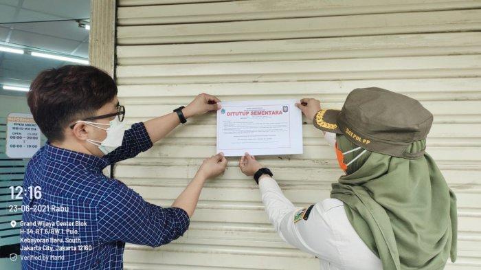 3 Karyawannya Positif Covid-19, Satpol PP Tutup Sementara K-Mart Grand Wijaya Selama 3 Hari