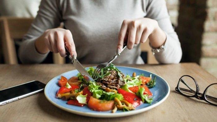 Daftar 5 Makanan Bantu Membersihkan Usus Besar dan Jaga Pencernaan