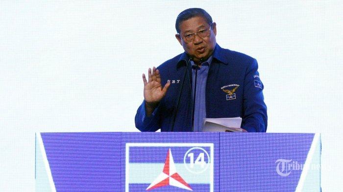 Gunakan Hak Suara di Pilkada Serentak, SBY Nyoblos di TPS 006 Cikeas