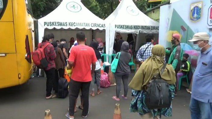Hari Ini, Puskesmas Ciracas Evakuasi 45 Pasien Positif Covid-19 ke Fasilitas Kesehatan