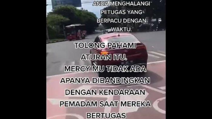 Viral Video Mercy Halangi Pemadam, Sang Pengemudi Mobil Mewah Minta Maaf Ngaku Tak Bermaksud
