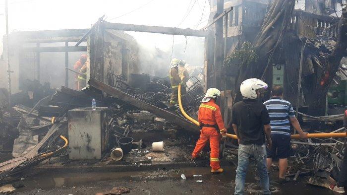 Kebakaran di Tebet Hanguskan 40 Bangunan, 200 Warga Terdampak