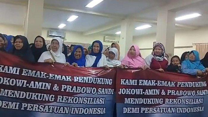Pererat Saturahmi Pascapemilu, Emak-emak Pendukung Jokowi dan Prabowo Ikuti Halalbihalal