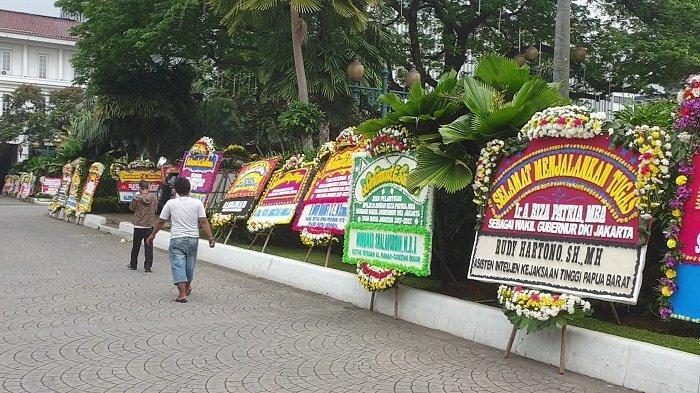 Riza Patria Dilantik Jadi Wagub DKI, Karangan Bunga Banjiri Balai Kota