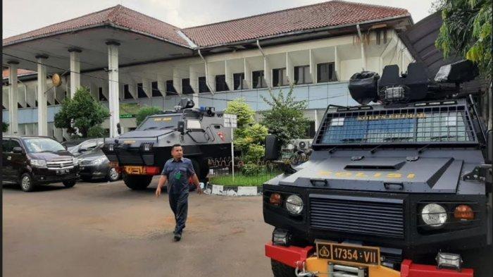 Jelang Sidang Praperadilan Rizieq Shihab di PN Jakarta Selatan, Polisi Kerahkan Barracuda
