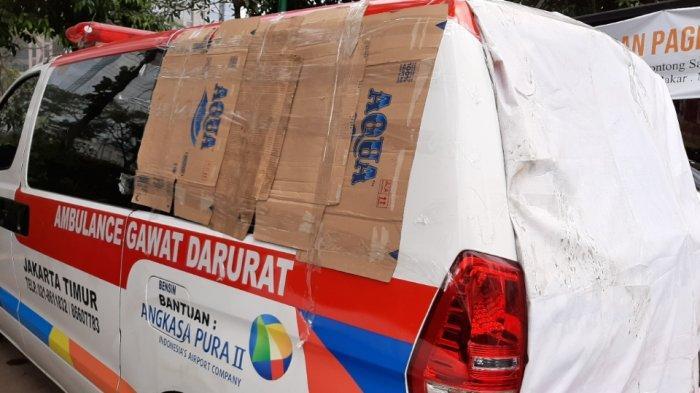 8 Ambulans Pemprov DKI Diduga Angkut Batu Terparkir di Polda Metro Jaya, Begini Penampakannya