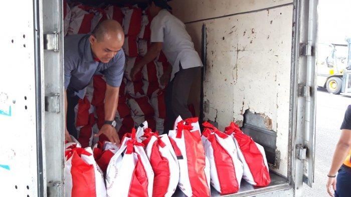 Pemerintah Kirim 1.500 Paket Bantuan untuk Korban Bencana Tsunami di Palu dan Donggala