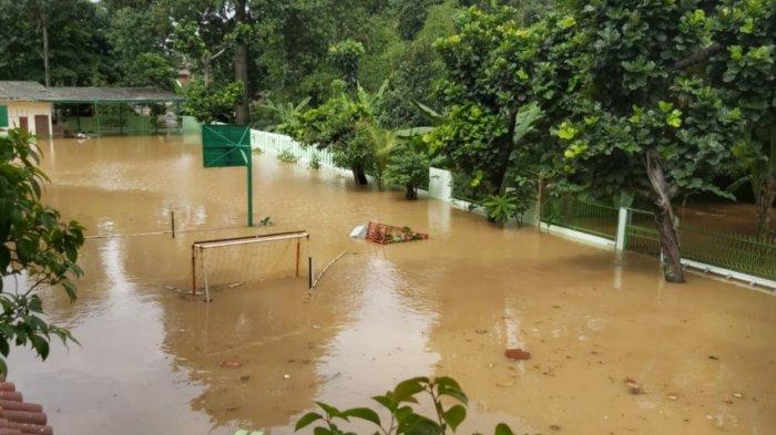 MTS 23 Pejaten Timur Terendam Banjir 1,5 Meter, Begini Penampakannya
