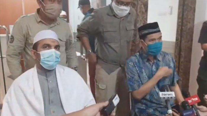 FPI Pastikan 2 Bayi dan 3 BalitaCucu Bersama Habib Rizieq, Mobil Rombongan Dipotong Penguntit