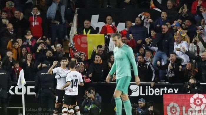 Hasil & Klasemen Liga Spanyol LaLiga: Real Madrid Gagal Geser Barcelona Meski Selamat dari Kekalahan