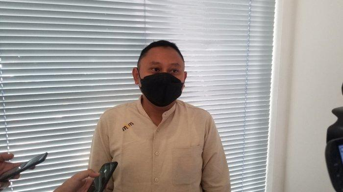 Senior Manager of Branch Communication and Legal Bandara Soekarno-Hatta, M Holik Muwardi saat ditemui di kantornya, Rabu (13/10/2021).