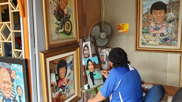Melihat Sentra Lukisan Pasar Baru yang Sudah Tersohor Sejak Tahun 90-an