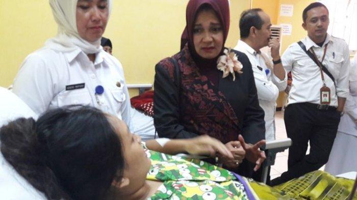Suami di Garut Tusuk Istri yang Sedang Hamil 5 Bulan, Korban: Sebelumnya Dia Ciumi & Elus Perut Saya