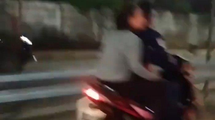 Viral Pengendara Motor Tak Mengenakan Helm Masuk Jalan Tol