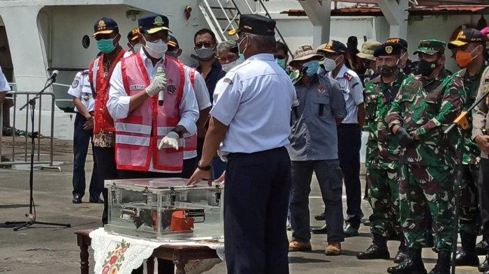Kabar Baik, KNKT Dapatkan Rekaman Percakapan Selama 2 Jam Sriwijaya Air SJ-182 sebelum Jatuh