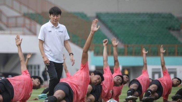 Kemenpora Siap Bantu PSSI Datangkan Shin Tae-yong yang Sulit Masuk ke Indonesia