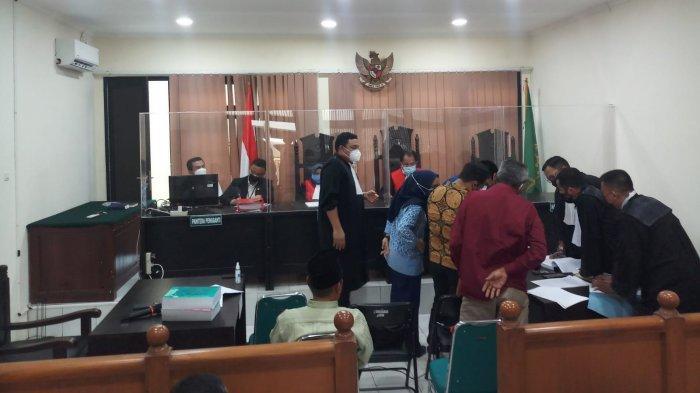 Pengadilan Negeri Tangerang kembali menggelar sidang lanjutan kasus mafia tanah seluas 45 hektare di Kelurahan Kunciran Jaya, Kota Tangerang, Rabu (21/7/2021).