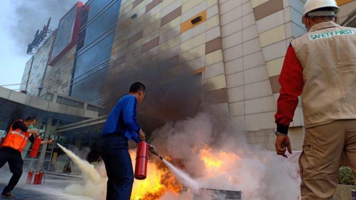 99,99 Persen Rumah Warga Kota Tangerang Tidak Dilengkapi Alat Pemadam Api Ringan
