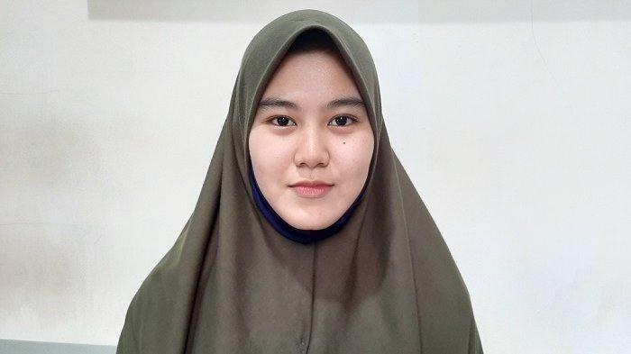 Ingat Siti Petugas PPSU Cantik Kampung Melayu yang Sempat Viral? Kini Punya Channel YouTube