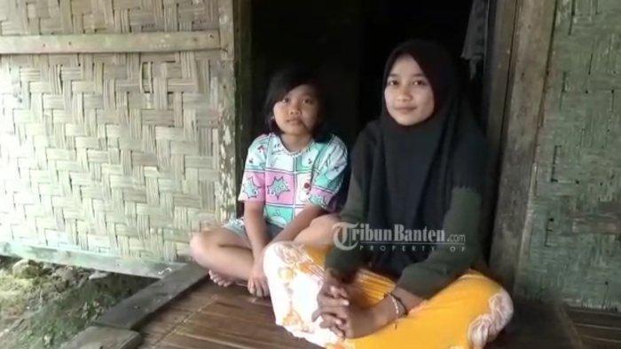 Ibu Meninggal & Ayah Pergi Kawin Lagi, Kisah Pilu Siswi SMK di Pandeglang Tinggal di Rumah Reyot